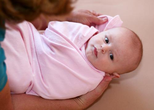 bebeklerde kundak ve kundak yapımı