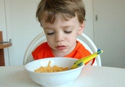 bebeklerde yemek yememe
